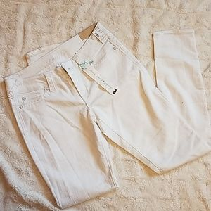 Maurices brand White Jeggings